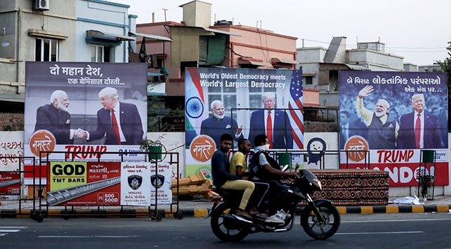 Hindistan Trumpın ziyaretine hazırlanıyor