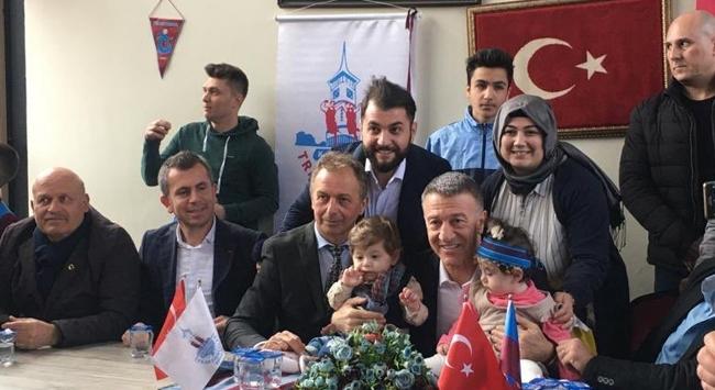 Ahmet Ağaoğlu taraftarlarla buluştu