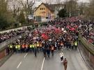 Almanya'da 10 bin kişi ırkçılığa karşı yürüdü