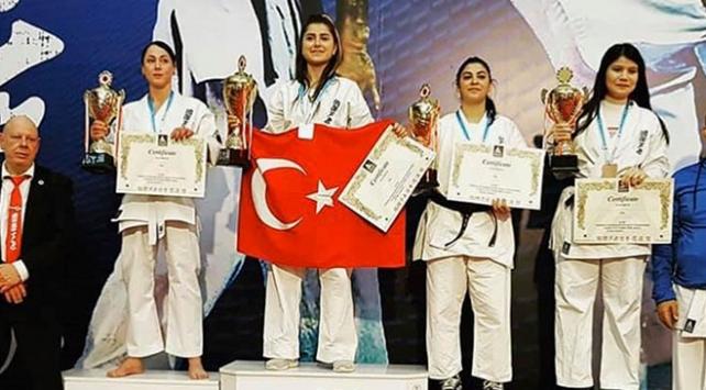 Ashihara Avrupa Şampiyonasında Türkiye takım halinde birinciliği kazandı