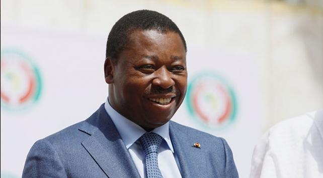 Togoda Gnassingbe yeniden cumhurbaşkanı seçildi