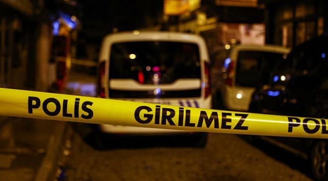 İstanbulda apartmanın birinci katından düşen kişi hayatını kaybetti