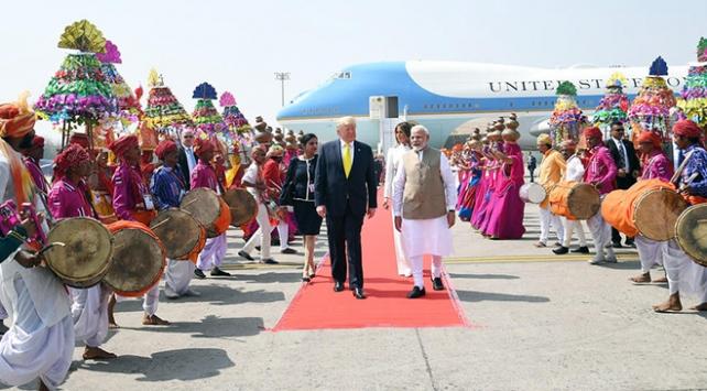 Hindistandan Trump için milyar dolarlık harcama