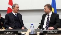 Bakan Akar, Ukrayna Savunma Bakanı Zagorodnyuk ile görüştü