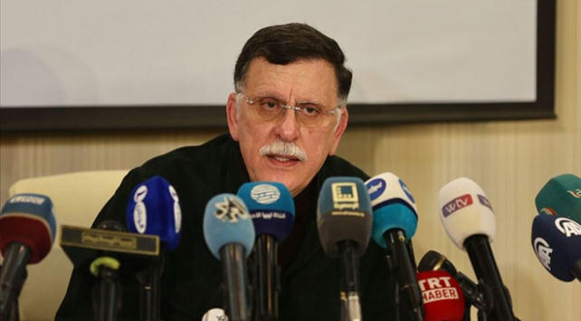"""""""Libya'ya silah ambargosu hava, kara ve deniz yoluyla yapılmalı"""""""