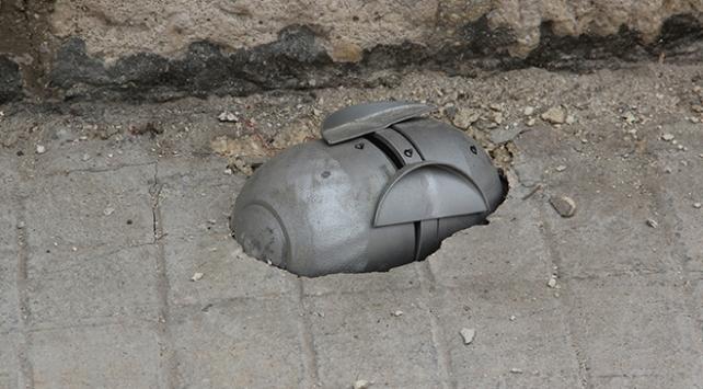 Esed'den İdlib'deki okullara misket bombalı saldırı