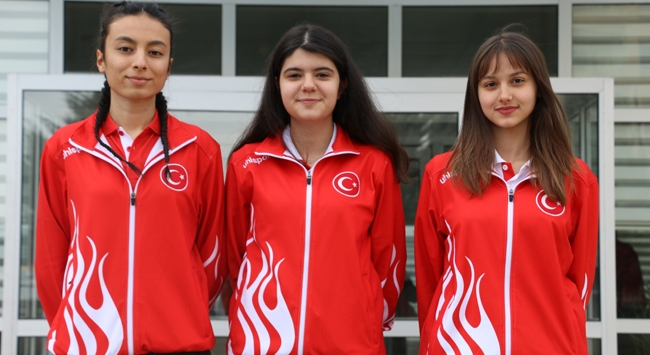 Milli sporcu Türkiye rekoru kırdı