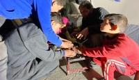 Evinden olan Suriyeli sivillerin kör karanlıktaki yaşamı
