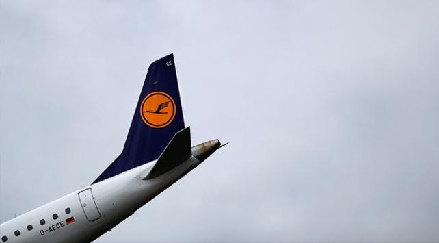 Koronavirüs Lufthansa'yı vurdu: İşe alımlar durduruldu