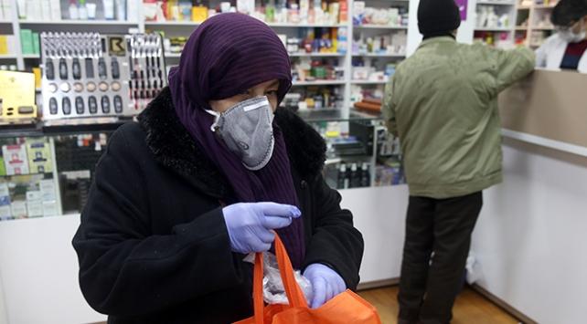 İranda koronavirüsten ölenlerin sayısı 19a yükseldi