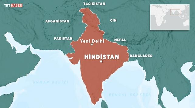 Hindistanda otobüs nehre düştü: 25 ölü