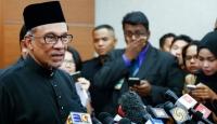 Malezya'da üç partinin adayı Enver İbrahim