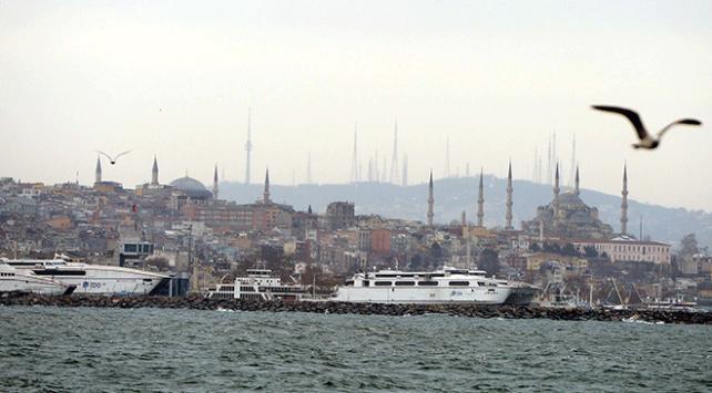Marmarada lodos deniz ulaşımını olumsuz etkiledi