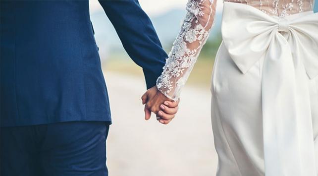 Evlenen çift sayısı son 17 yılın en düşük seviyesinde