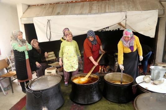 Tekke çorbası geleneği 8 asırdır sürdürülüyor
