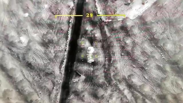 Rejim hedeflerinin vurulma anı havadan görüntülendi