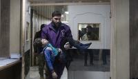 İdlib'deki sivil yerleşim yerleri saldırılarına tepki yağdı