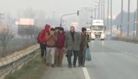 Binlerce düzensiz göçmen Avrupa sınırına ilerliyor