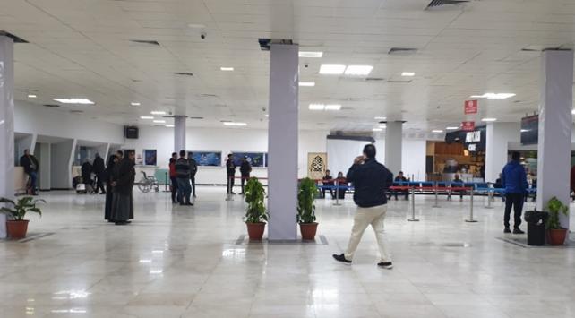 Libyadaki Mitiga Havalimanında uçuşlar yeniden askıya alındı