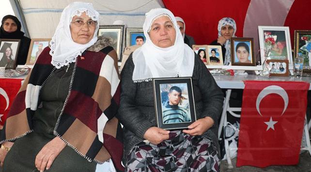 Diyarbakırdaki evlat nöbetine katılan aile sayısı 108e yükseldi