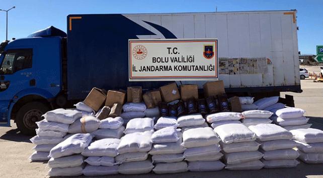 Boluda yaklaşık 4 ton kaçak tütün ele geçirildi
