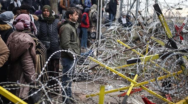 Yunanistandan düzensiz göçmen toplantısı için acil çağrı
