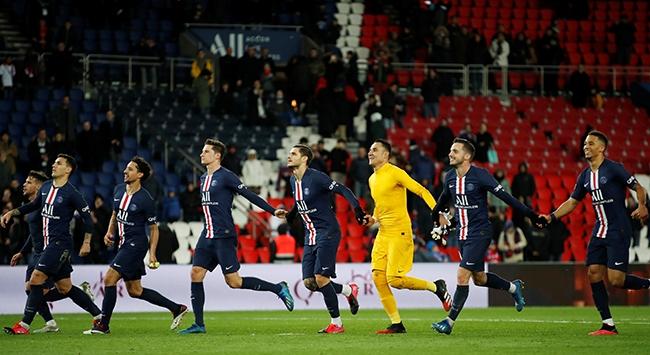 PSG, Dijonu 4 golle geçti