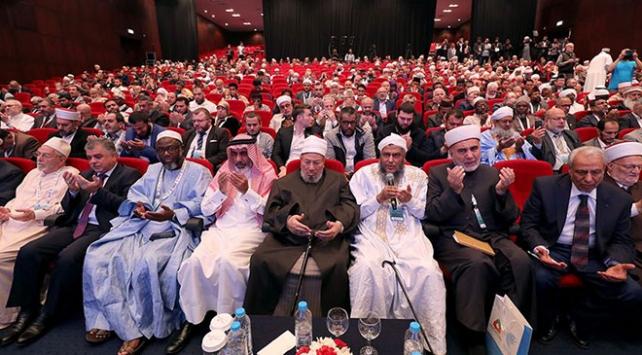Dünya Müslüman Alimler Birliğinden İdlib şehitleri için taziye mesajı