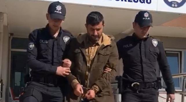 """Kendisini """"göçmen kaçakçısı"""" olarak tanıtıyordu, tutuklandı"""