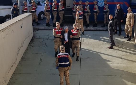 Erzincanda ele geçirilen 1 ton 271 kilogram eroine ilişkin davada sanıklar hakim karşısında