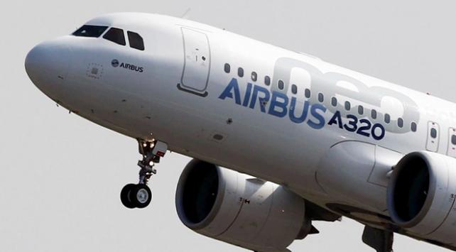 113 yolcusu bulunan uçak, ihbar üzerine acil iniş yaptı