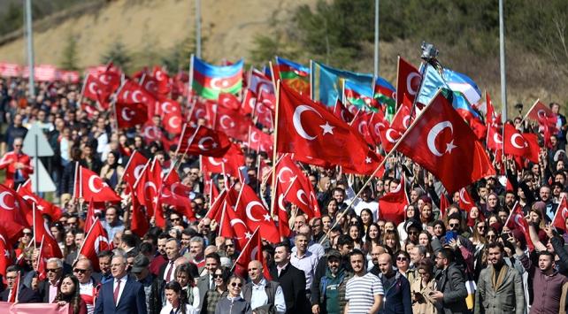 Türkiyenin kalbi Mehmetçikle atıyor