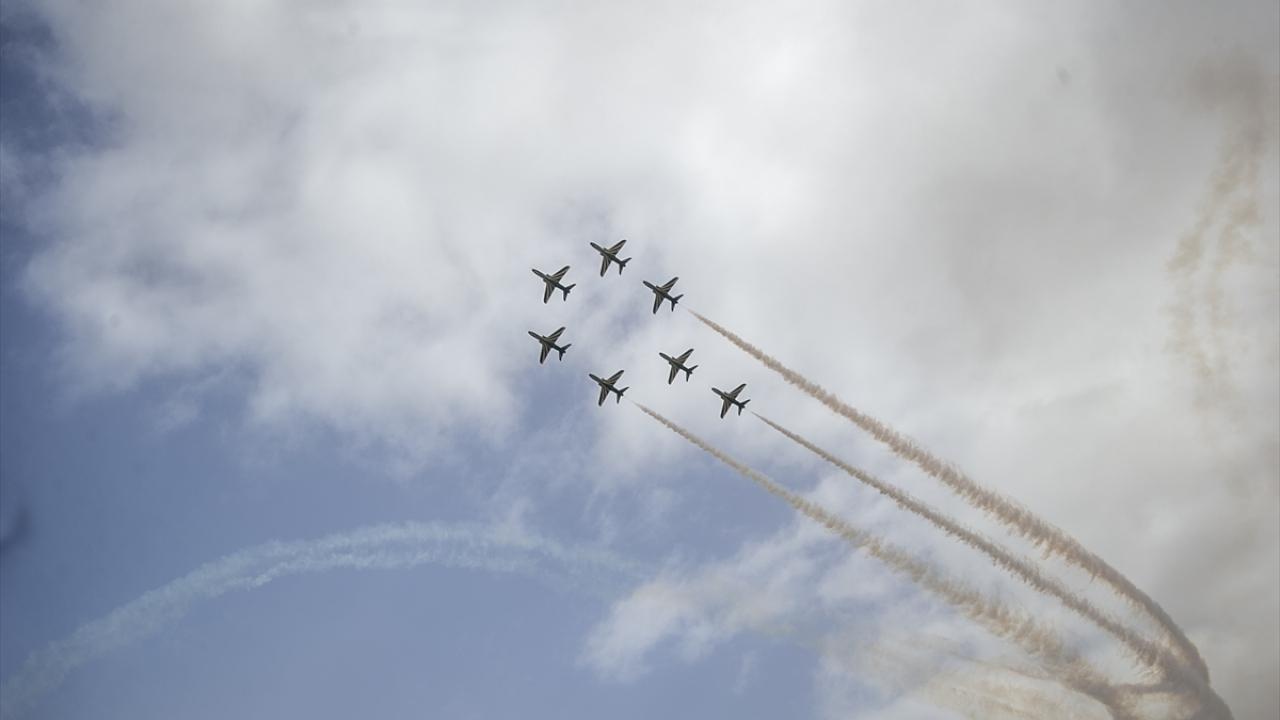 Tunusta Uluslararası Sivil Havacılık ve Savunma Fuarı