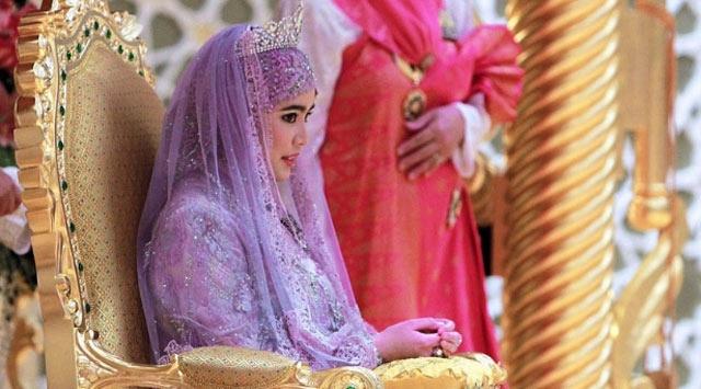 Prenses Memurla Evlendi
