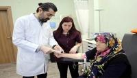 'Diyabetik ayak' hastalığını ozon ve larva tedavisiyle yendi
