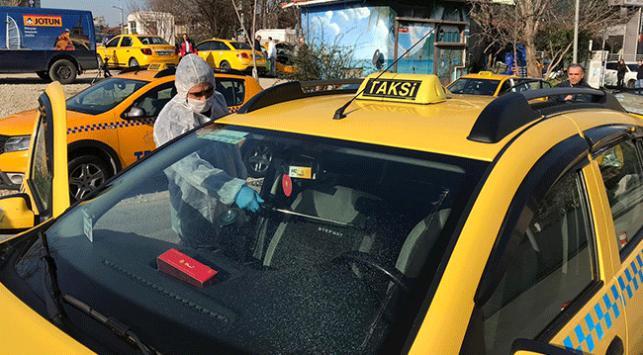 İstanbulda taksiler dezenfekte ediliyor