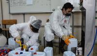 Lise öğrencilerinden dezenfektan mesaisi