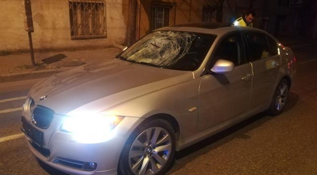 İzmirde otomobilin çarptığı kişi öldü
