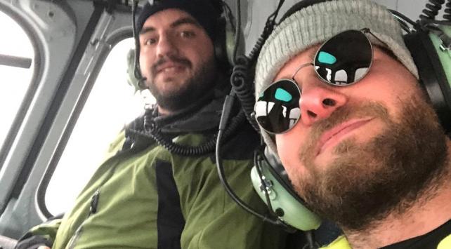 Everestte mahsur kalan 2 Türk dağcı kurtarıldı