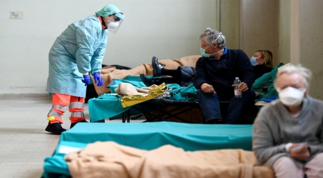 Koronavirüs İtalyada savaş triajı başlatabilir