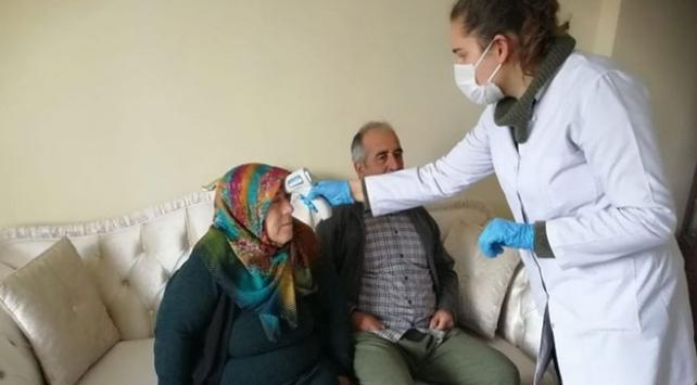 Erzincanda umreden dönenler sağlık taramasından geçirildi