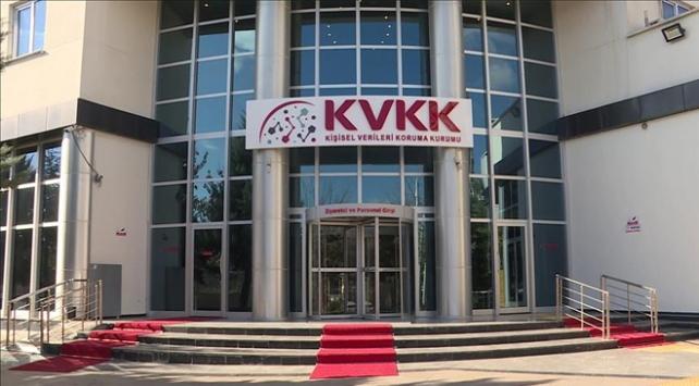 Kredi kartını üçüncü kişiye teslim eden bankaya 50 bin lira para cezası