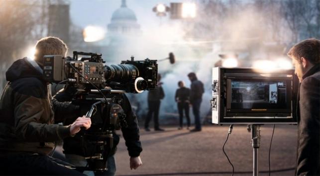 Dizi ve film çekimlerine erteleme talebi
