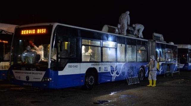 Umre yolcularını taşıyan otobüsler dezenfekte edildi