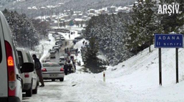 Adana-Ankara otoyolunda ulaşıma kar engeli
