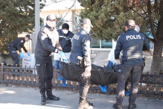 Kadıköy Sahilinde erkek cesedi bulundu