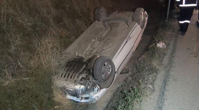 Sulama kanalına düşen araçta 3 kişi yaralandı