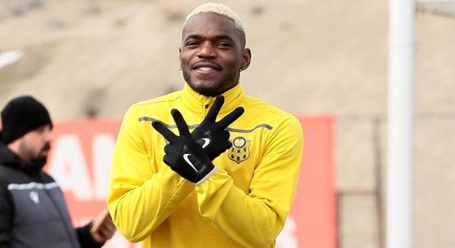 Yeni Malatyasporlu futbolcu Bifoumadan koronavirüs açıklaması