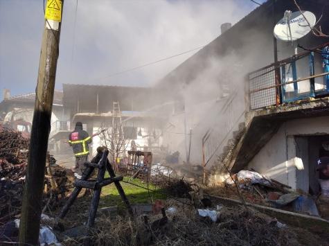 Kütahyada evde çıkan yangında bedensel engelli kişi öldü