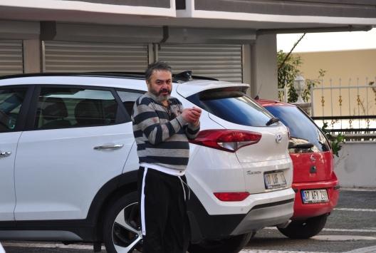 Antalyada bir kişi babasını bıçakla öldürüp, annesini yaraladı